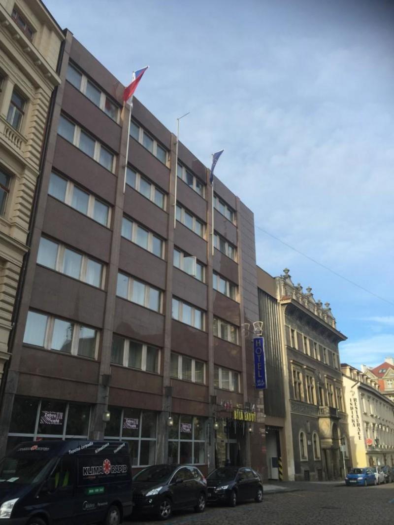 Отель Bila Labut 12