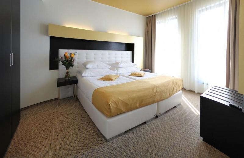 Отель Grandior Hotel 11