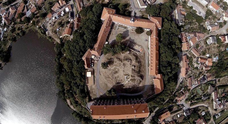 Замок Плумлов 2
