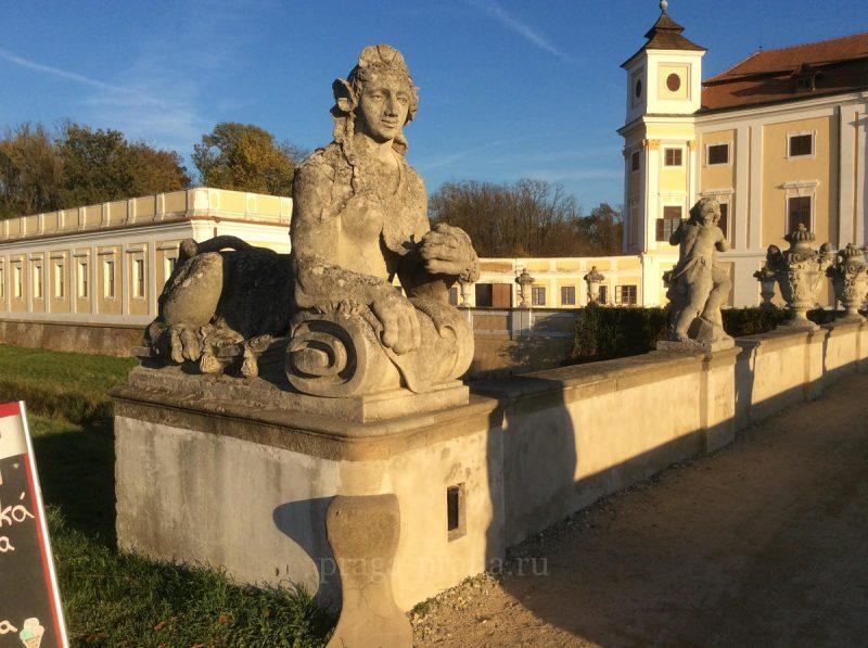 Замок Милотице 2