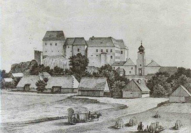 istoriya-sozdaniya-zamok-kamen-1